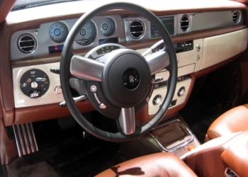 Rolls Royce 102EX Electric Car Dash